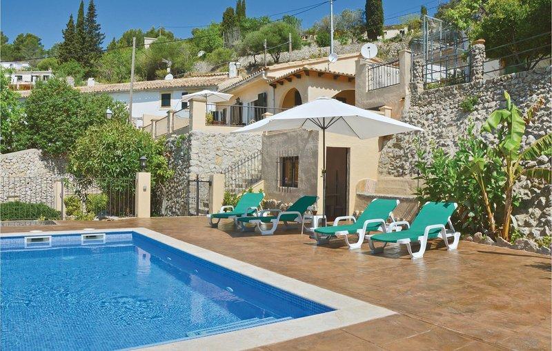 Beautiful home in Galilea with WiFi and 3 Bedrooms (EML192), vacation rental in Banyalbufar
