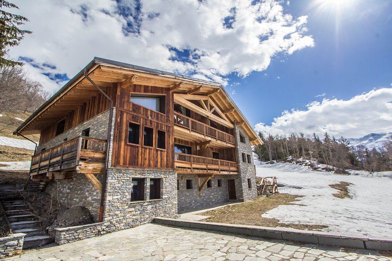 Chalet Bella, holiday rental in Montvalezan