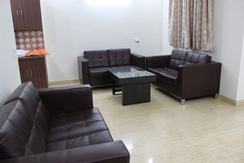 Indira Homes (Bedroom 3), holiday rental in Manesar