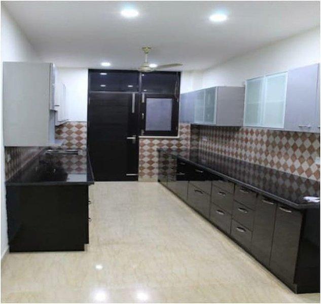 Indira Homes (Bedroom 5), holiday rental in Manesar