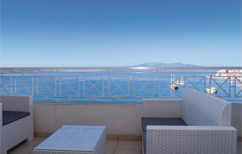 Beautiful home in Saranda w/ 2 Bedrooms (ALS013), holiday rental in Gjirokaster