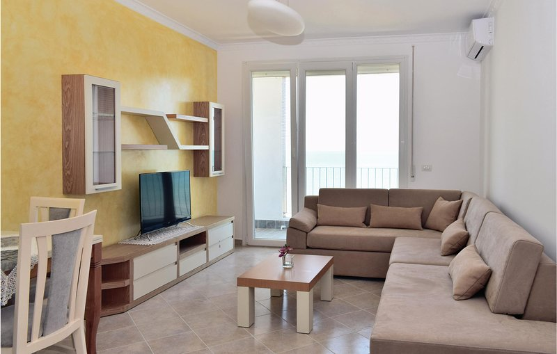 Nice home in Durres w/ WiFi and 1 Bedrooms, holiday rental in Kryemëdhej