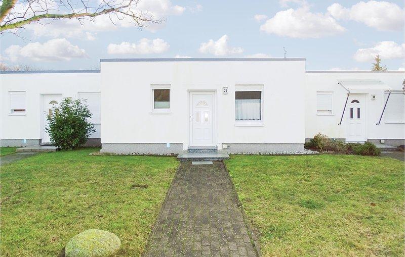 Awesome home in Rostock OT Dietrichsha with 1 Bedrooms (DMK679), vacation rental in Diedrichshagen