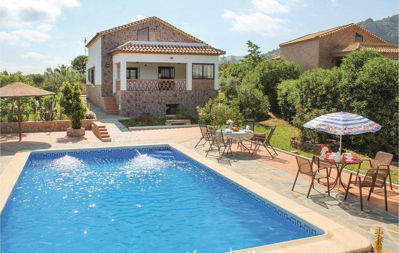 Awesome home in El Gastor with 3 Bedrooms (EAC178), holiday rental in El Gastor