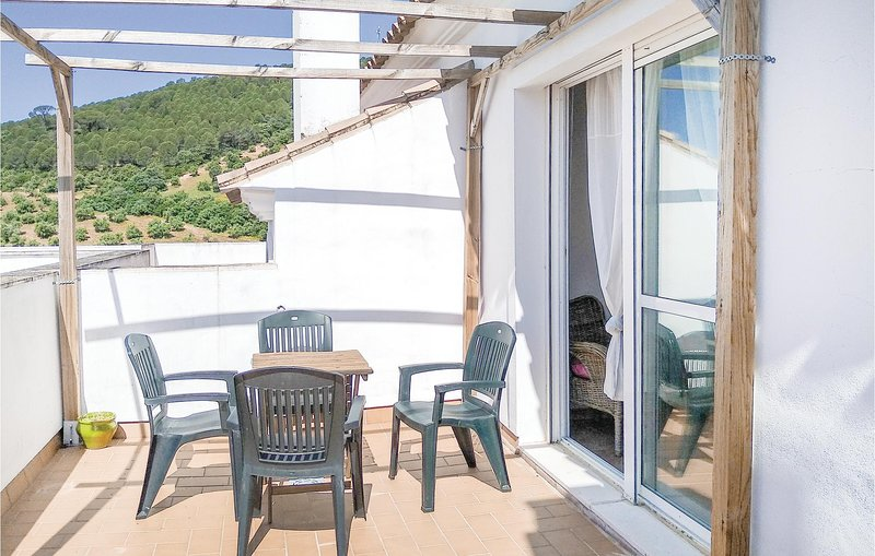 Beautiful home in Prado del Rey with Jacuzzi and 3 Bedrooms (EAC296), holiday rental in Villamartin
