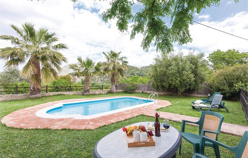 Nice home in Zahara de la Sierra with WiFi and 1 Bedrooms (EAC284), vacation rental in Zahara de la Sierra