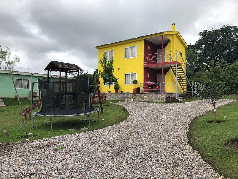 Wara Kusi - Casitas de Campo Pb, holiday rental in El Bordo