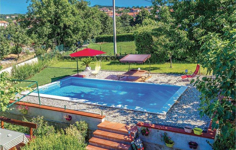 Nice home in Viskovo with WiFi and 2 Bedrooms (CKO591), holiday rental in Viskovo