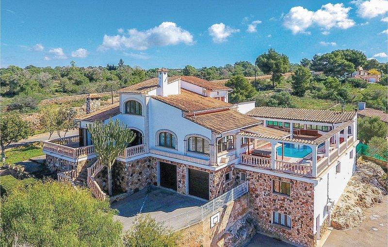 Fantastisk villa - för en härlig semester! (EML387), alquiler de vacaciones en Playa de Palma