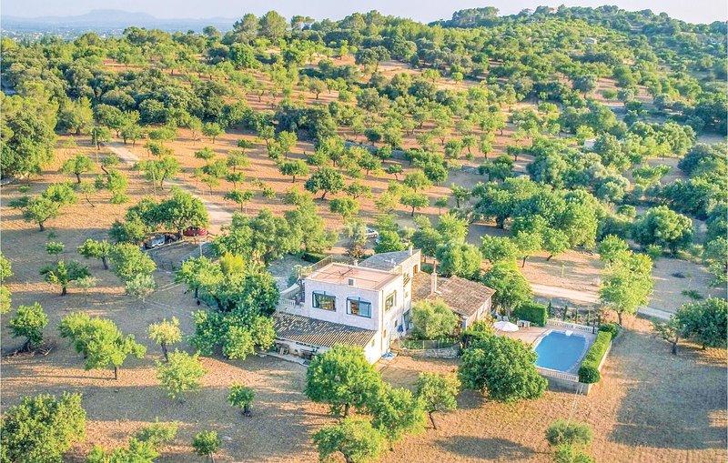 Nice home in Selva with WiFi and 1 Bedrooms (EML579), aluguéis de temporada em Moscari