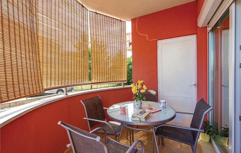 Amazing home in Viskovo with WiFi and 1 Bedrooms (CKO987), holiday rental in Viskovo