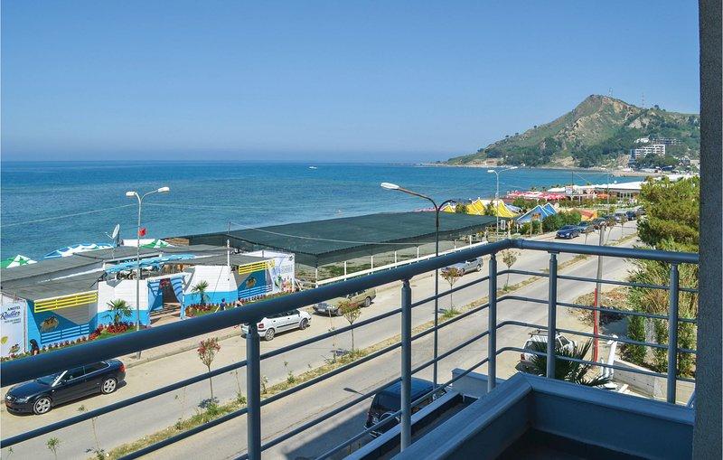 Nice home in Durrës w/ WiFi and 2 Bedrooms (ALD074), location de vacances à Comté de Durres