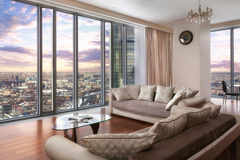 74 Floor Apartment In MoscowCity (Апартамент на 74 этаже МоскваСити 2 спальни) – semesterbostad i Moskva