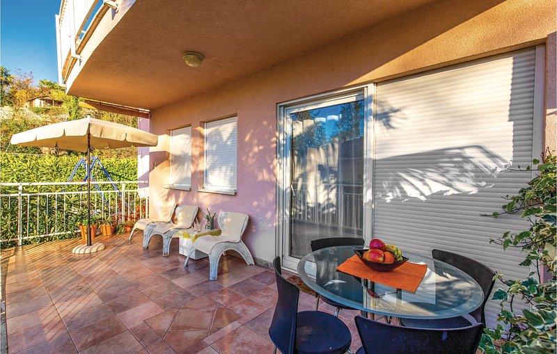 Nice home in Rijeka with WiFi and 1 Bedrooms (CKO491), alquiler de vacaciones en Marinići