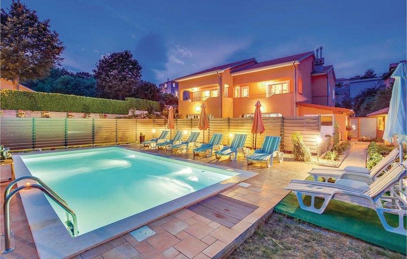 Nice home in Kastav with WiFi and 3 Bedrooms (CKO524), casa vacanza a Kastav