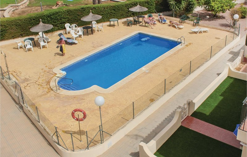 Beautiful home in Orihuela Costa with WiFi and 3 Bedrooms (EBI029), holiday rental in Los Dolses