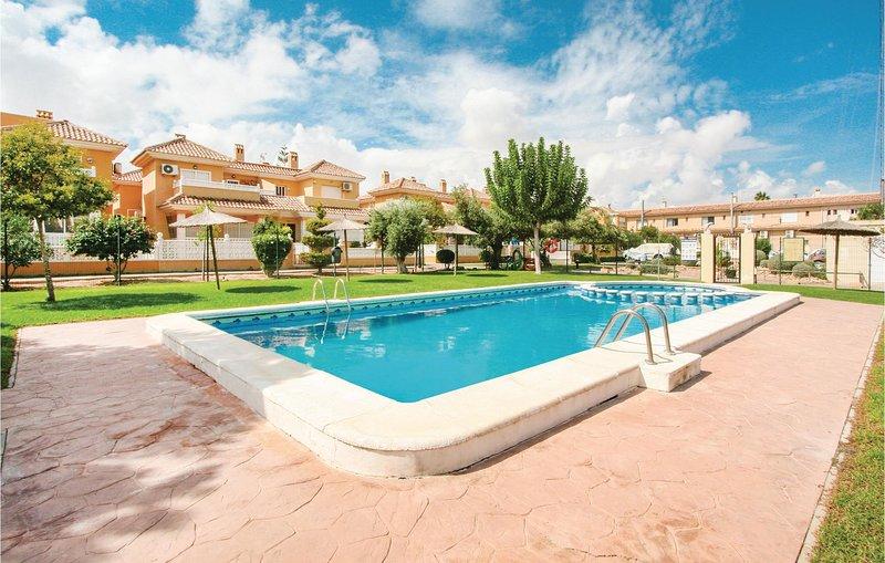 Amazing home in Santa Pola with 3 Bedrooms (EBI060), holiday rental in Los Arenales del Sol
