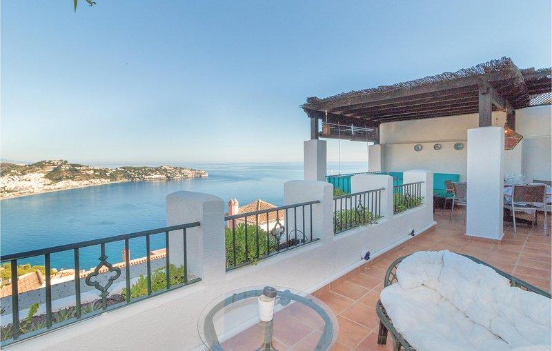 Amazing home in La Herradura with WiFi and 4 Bedrooms (EAT033), holiday rental in La Herradura