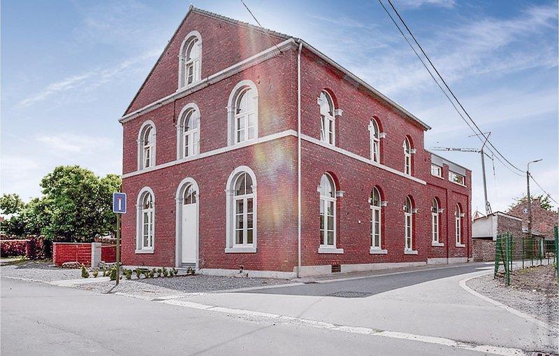 De Oude School (BLU073), alquiler vacacional en Berneau