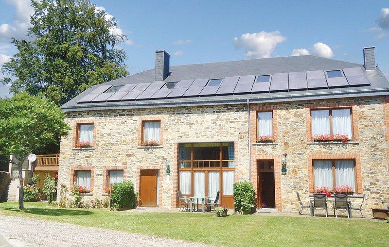 Appartement A - On la Grange (BLX008), location de vacances à Porcheresse