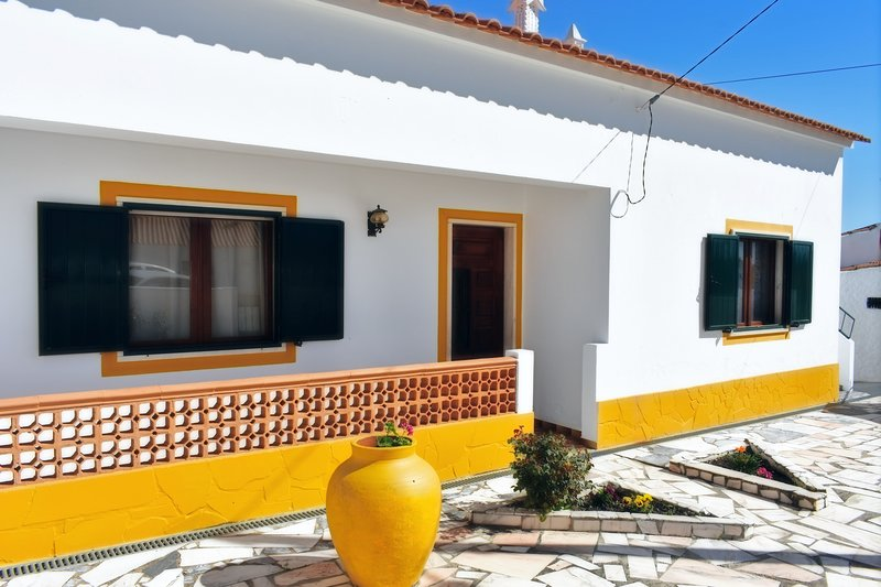 Casa da Cerca - Alojamento Local, holiday rental in Minas de Sao Domingos