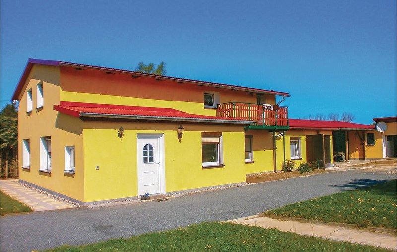 Nice home in Bastorf OT Westhof with 1 Bedrooms (DMK166), location de vacances à Wendelstorf