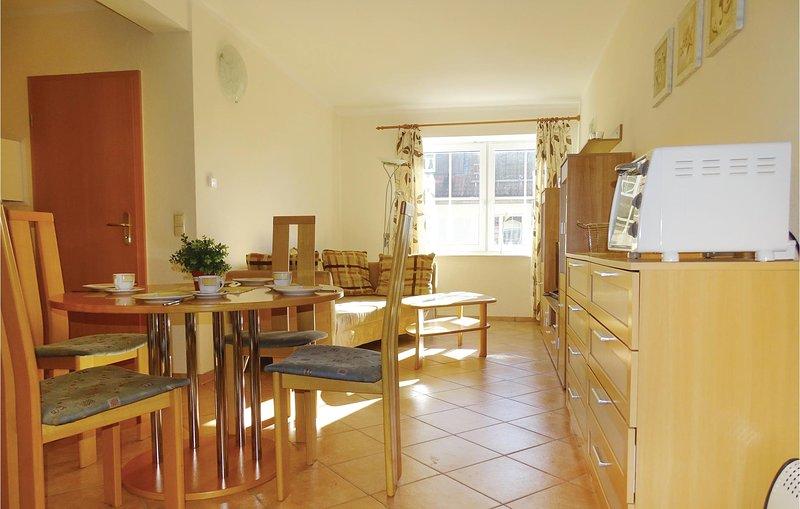 Stunning home in Insel Poel/Gollwitz with 1 Bedrooms (DMK137), casa vacanza a Oertzenhof