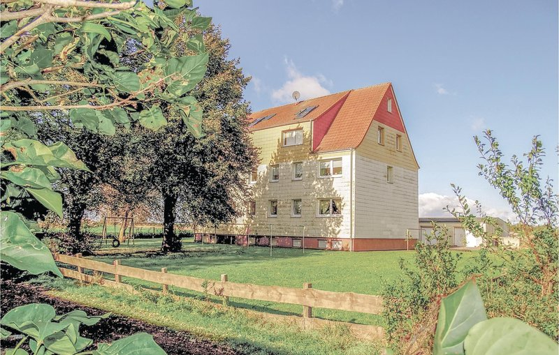 Beautiful home in Insel Poel OT Wangern with 2 Bedrooms (DMK328), holiday rental in Insel Poel