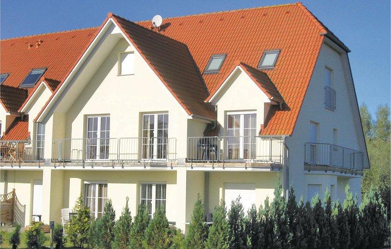 Nice home in Insel Poel OT Gollwitz with 1 Bedrooms (DMK433), casa vacanza a Oertzenhof