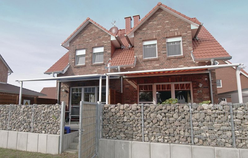 Amazing home in Insel Poel/Timmendorf with 3 Bedrooms (DMK480), holiday rental in Insel Poel