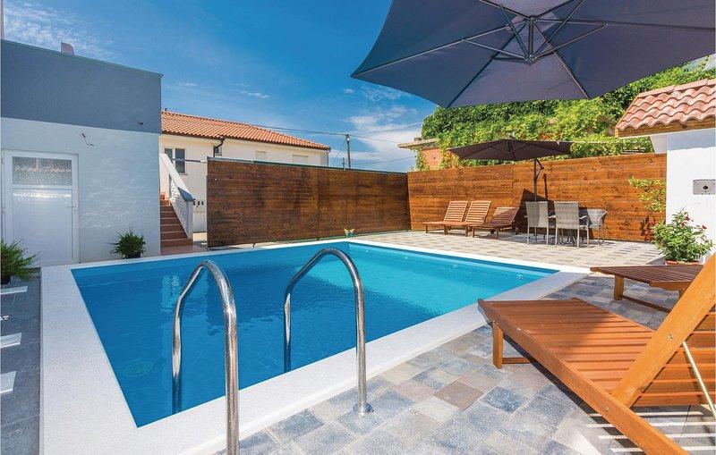 Nice home in Sveti Petar with WiFi and 5 Bedrooms (CDA353), aluguéis de temporada em Sveti Petar na Moru