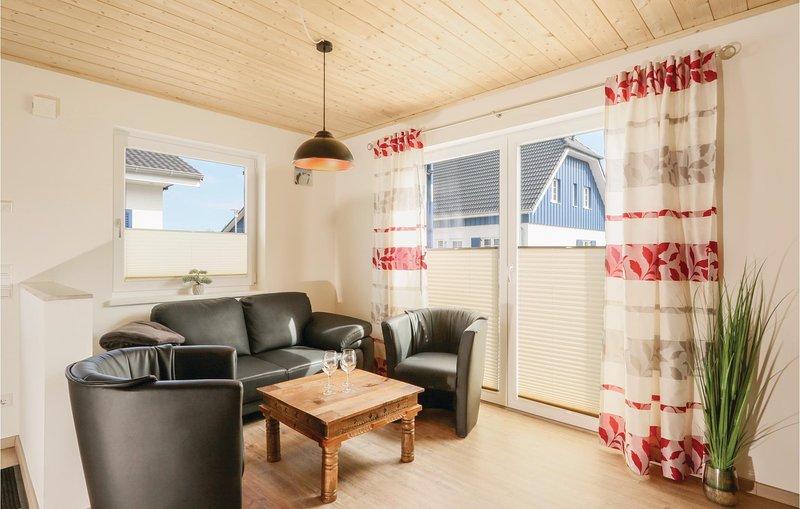 Stunning home in Altefähr/Rügen w/ WiFi and 2 Bedrooms (DMR613), holiday rental in Stralsund