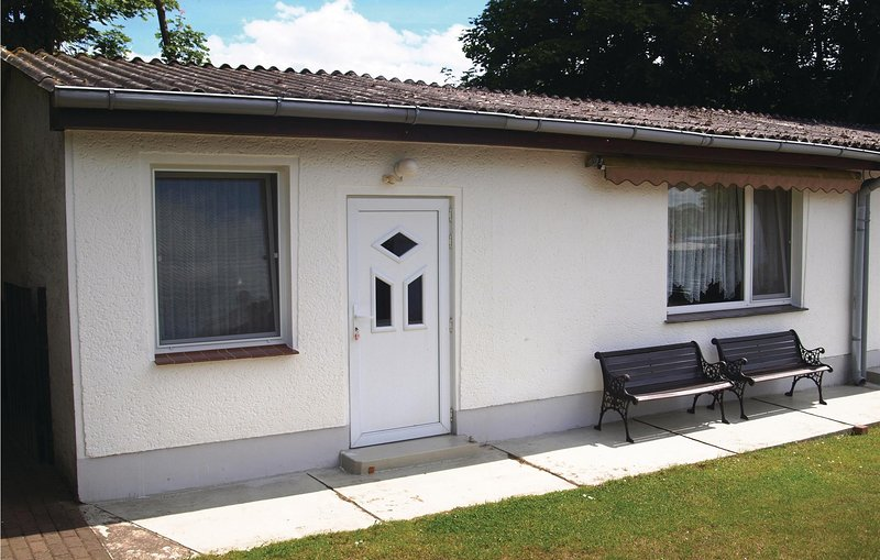 Amazing home in Benz OT Neppermin with 1 Bedrooms (DMU126), holiday rental in Rankwitz