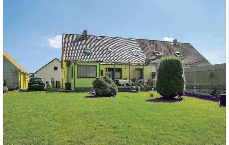 Stunning home in Usedom with WiFi and 4 Bedrooms (DMU146), vacation rental in Friedland