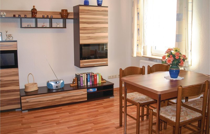 Awesome home in Katschow with 2 Bedrooms (DMU131), holiday rental in Rankwitz