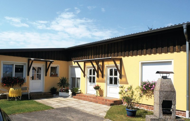 Awesome home in Karlshagen with 2 Bedrooms (DMU200), holiday rental in Karlshagen