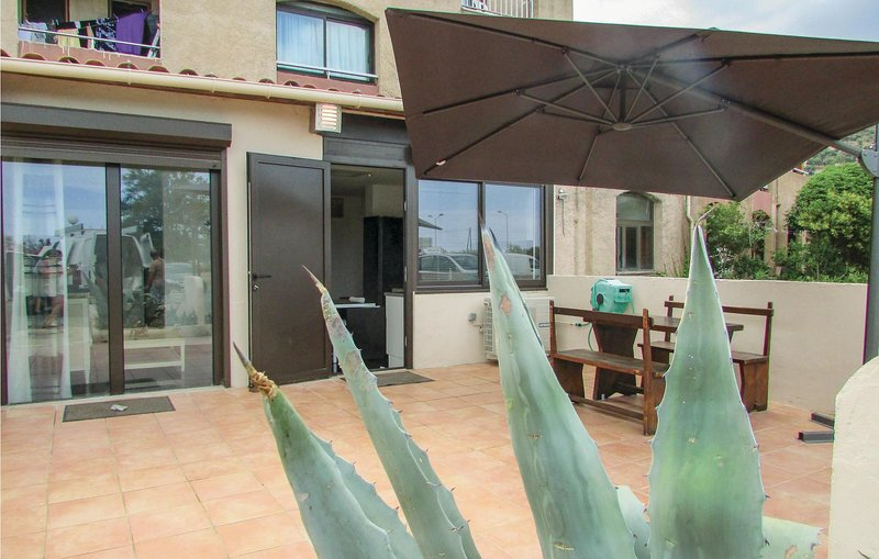 Stunning home in Algajola with 2 Bedrooms (FKO053), location de vacances à Lavatoggio