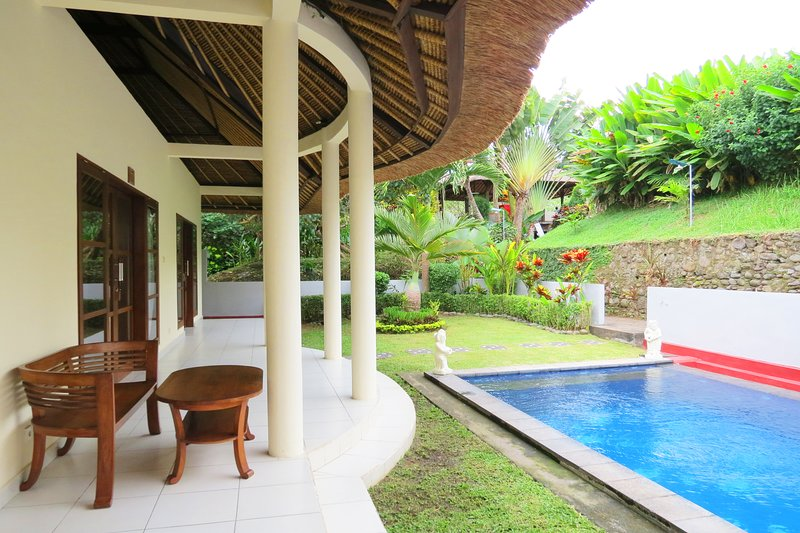 Medewi Bay Retreat - Two Bedroom Villa Private Pool Hibiscus 2, holiday rental in Jembrana