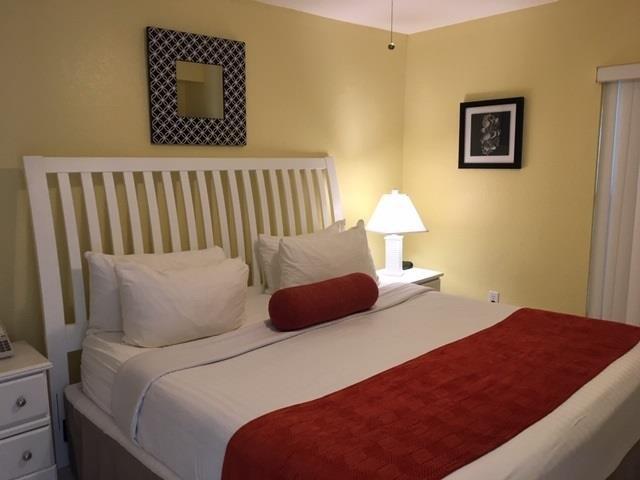camera da letto prima vista