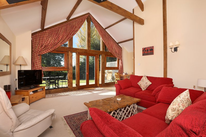 Redyeates Dairy, holiday rental in Sandford