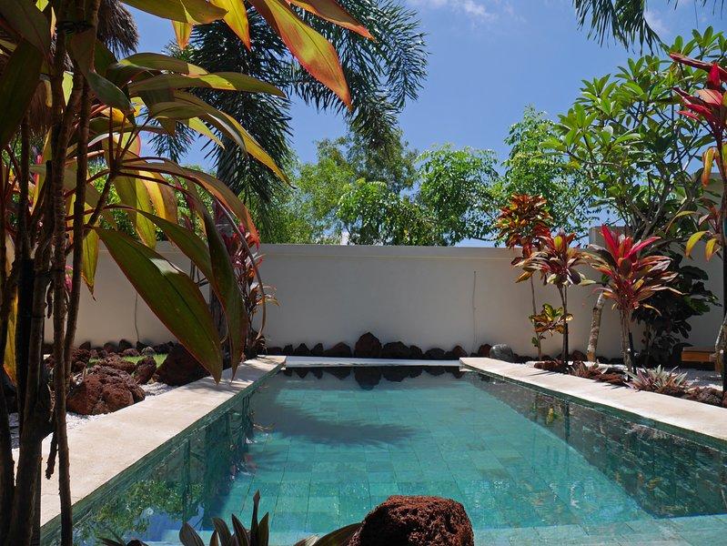 Pool Villa SeaViews, Beach-Garden, Pool table, vacation rental in Uluwatu