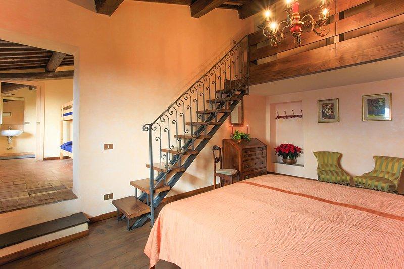 VILLA DELL'ANGELO - DOUBLE BEDROOM