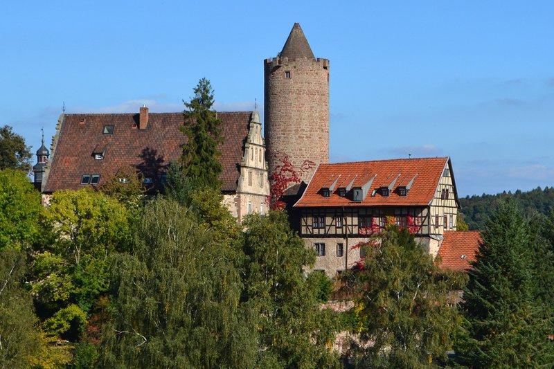 Ferienappartement 'Zur Alten Försterei' in der Hinterburg Schlitz, vacation rental in Fulda