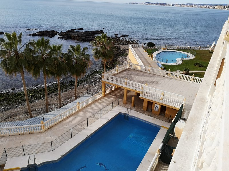 Apartamento a pie de playa, Benalmádena costa- Torremuelle, vacation rental in Arroyo de la Miel