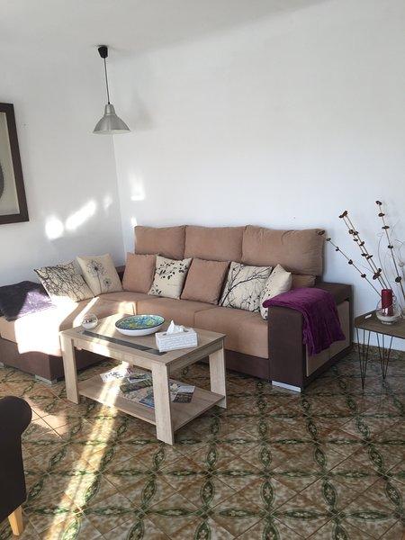Beautiful apartment with balcony, aluguéis de temporada em Castell de Castells
