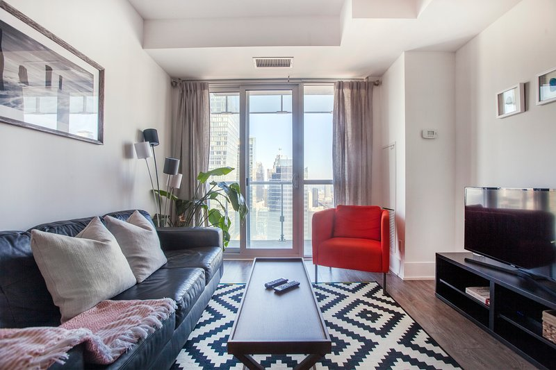 gorgeous city and lake views in a bright home for four updated 2019 rh tripadvisor com
