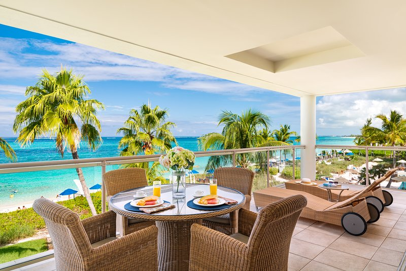 Developers own penthouse directly on the finest snorkelling reef on Grace Bay, holiday rental in Providenciales