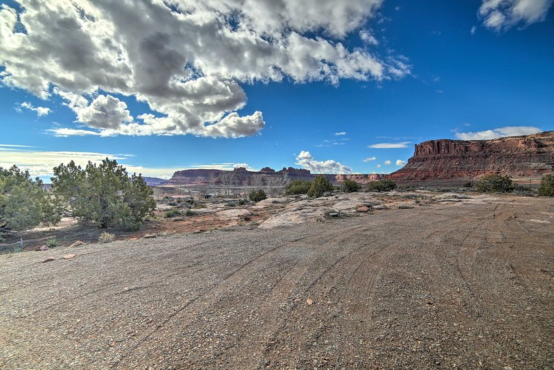 Arches National Park & Canyonlands are within an easy drive.