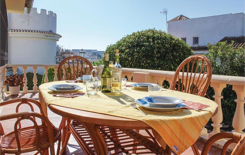 Stunning home in Cabo de Palos with 3 Bedrooms (ECC502), alquiler de vacaciones en Cabo de Palos