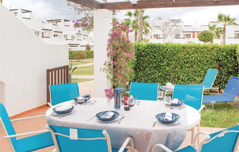 Beautiful home in Condado de Alhama with 3 Bedrooms and WiFi (ECC572), holiday rental in Camposol